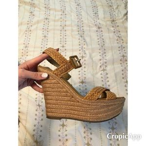 The Perfect Summer Wedge